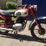 1957 JAMES COMMODORE L25 (FB159)